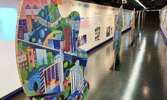 """Ja es pot veure l'exposició """"Els colors de l'agraïment"""", que inclou testimonis de professionals de l'HUB"""