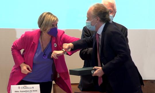 El Dr. Daniel Podzamczer rep el premi Jordi Gol i Gurina a la trajectòria professional i humana