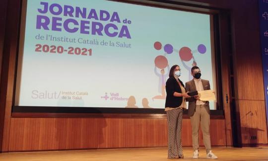 Jordi Adamuz rep el premi a la trajectòria investigadora en infermeria de l'ICS
