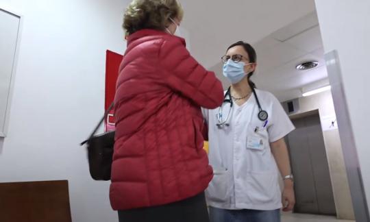 La importància del contacte entre pacients i familiars malgrat l'actual context de restriccions